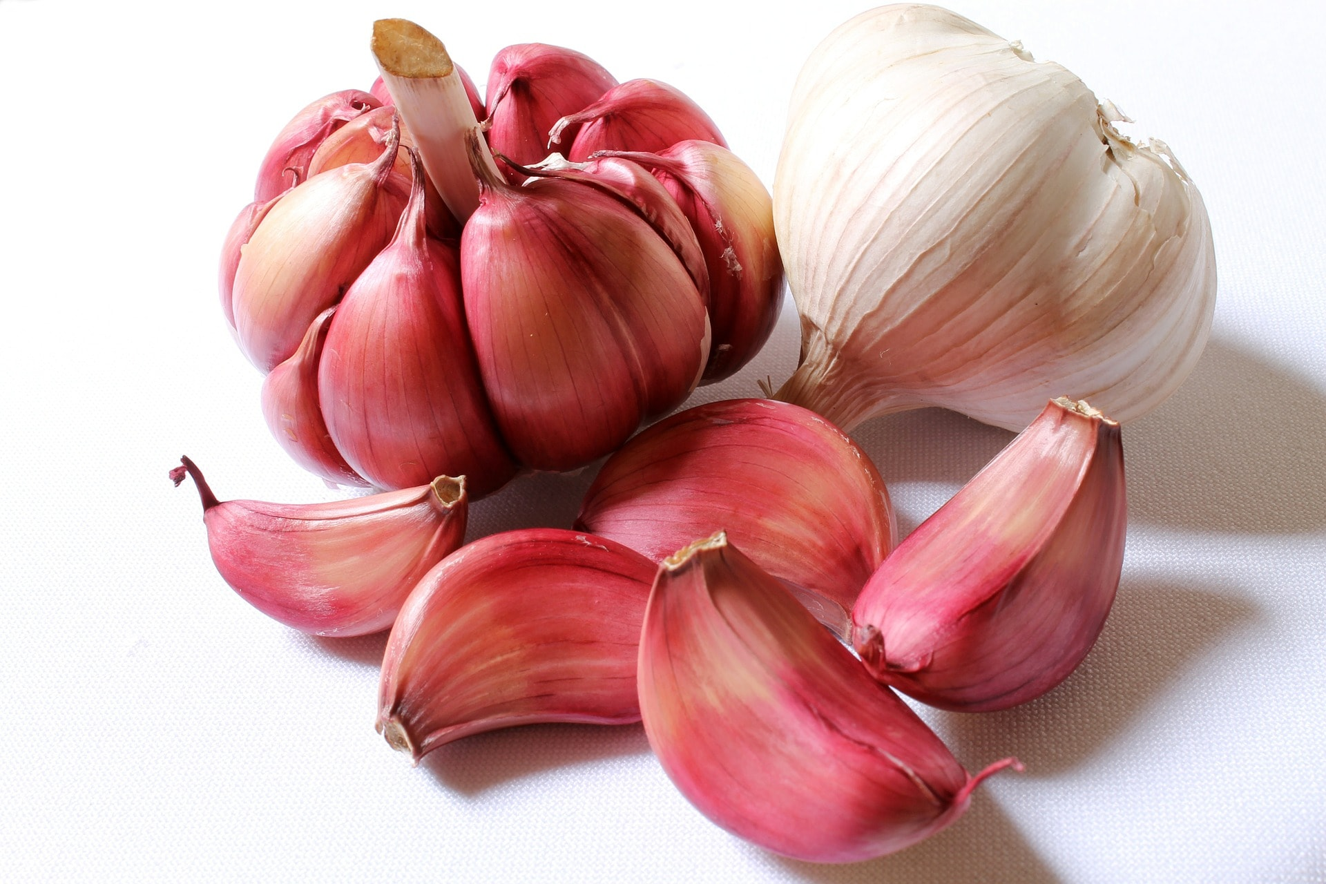Benefits of Eating Garlic Empty Stomach
