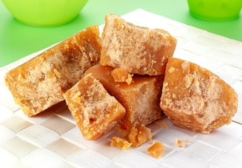 Benefits of Eating Jaggery During Pregnancy